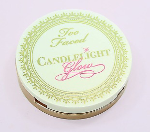 Too-Faced-Candelight-Glow-Highlighting-Powder-Duo-Warm-Glow-1